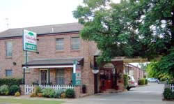 Cedar Lodge Motel - Accommodation 4U