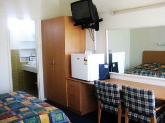 Sandbelt Club Hotel - Accommodation 4U