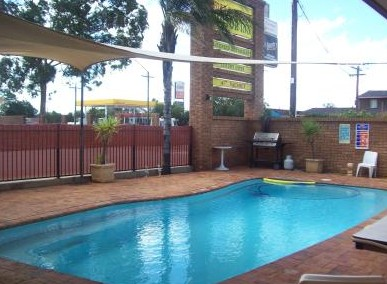 Town And Country Motor Inn Cobar - Accommodation 4U