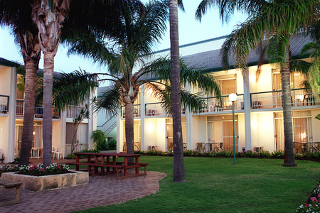 Mandurah Gates Resort - Accommodation 4U