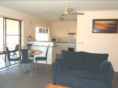 Ocean Drive Apartments - Accommodation 4U
