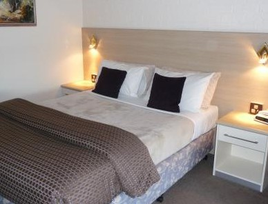 Hamiltons Townhouse Motel - Accommodation 4U