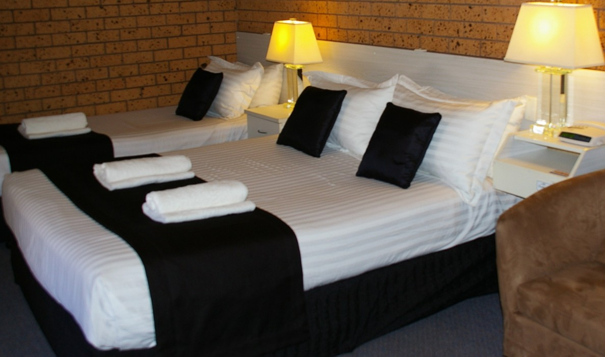 Golden Harvest Motor Inn - Accommodation 4U