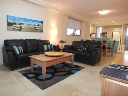 Pacific Marina Apartments - Accommodation 4U