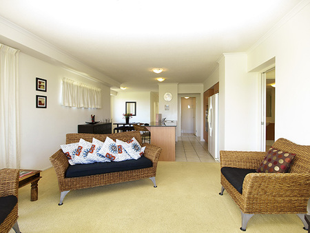 Oaks Seaforth Resort - Accommodation 4U