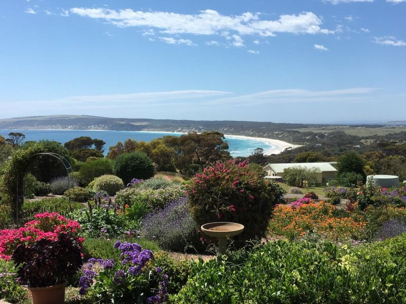 Emu Bay Holiday Homes - Accommodation 4U
