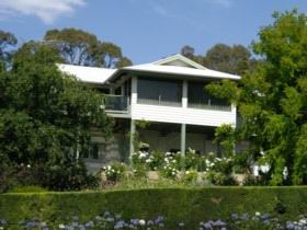 Riverscape Holiday Home - Accommodation 4U