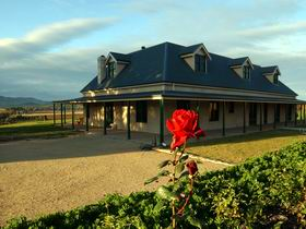 Abbotsford Country House - Accommodation 4U