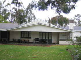 Naracoorte Cottages - Pinkerton Hill - Accommodation 4U