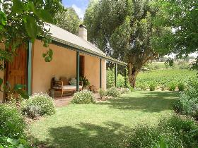 Seppeltsfield Vineyard Cottage - Accommodation 4U