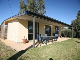 Toolunka Estate Cottage - Accommodation 4U