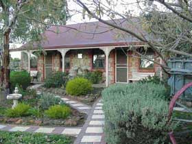 Langmeil Cottages - Accommodation 4U