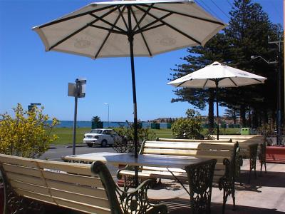 Anchorage at Victor Harbor Seafront Hotel - Accommodation 4U
