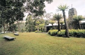 Tullah Lakeside Lodge - Accommodation 4U