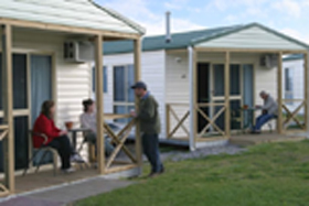 Discovery Holiday Parks Devonport Cosy Cabins - Accommodation 4U