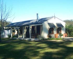 Hillcrest Cottage - Accommodation 4U