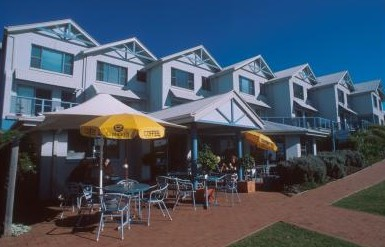 Breakers Apartments Mollymook - Accommodation 4U