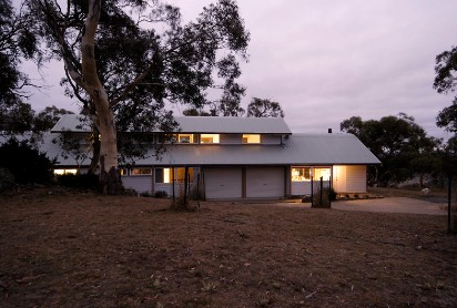 Silvertop Snowy Mountains Retreat - Accommodation 4U