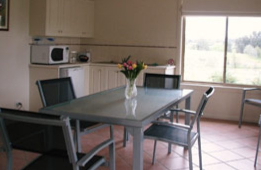 Burns B and B and Yabby Farm - Accommodation 4U