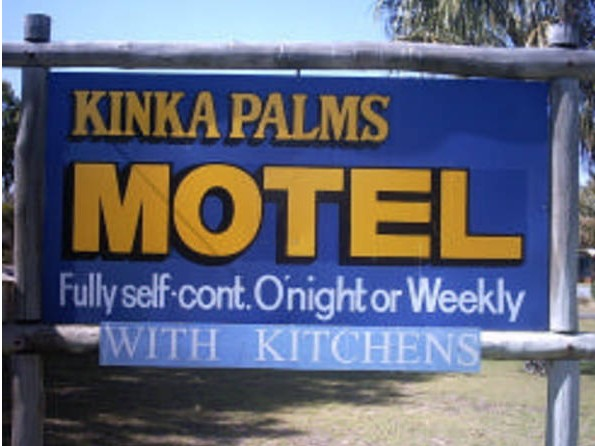 Kinka Palms Beachfront Apartments / Motel - Accommodation 4U