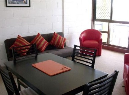 Como Holiday Apartments and Tropical Nites Motel - Accommodation 4U