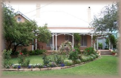 Guy House Bed and Breakfast - Accommodation 4U