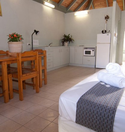Island Leisure Resort - Accommodation 4U