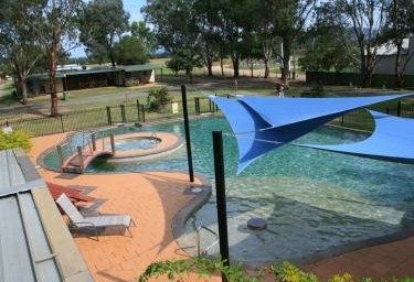Valley Vineyard Tourist Park - Accommodation 4U