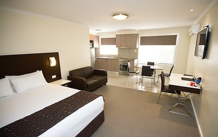 Country Comfort Premier Motel - Accommodation 4U