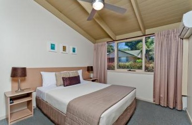 Shelly Beach Resort - Accommodation 4U