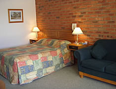 Australian Settlers Motor Inn - Accommodation 4U