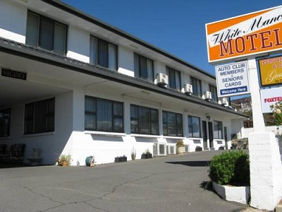 White Manor Motel - Accommodation 4U