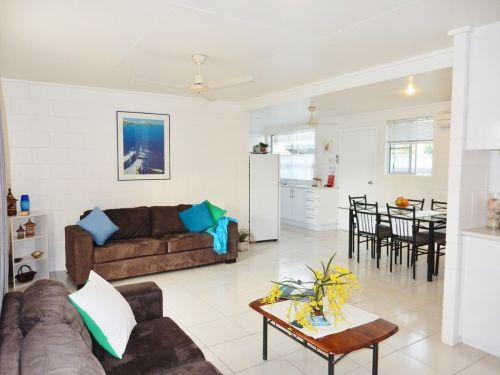 Lucinda Holiday Rentals  - Accommodation 4U