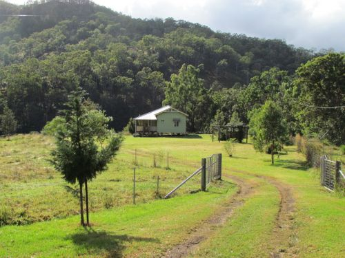 Eighteen Mile Cottage and Homestead - Accommodation 4U