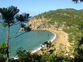 Magnetic Island Holiday Homes - Accommodation 4U