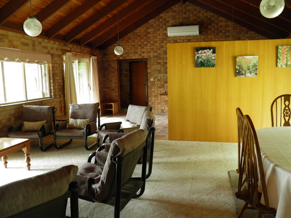Coucals of Mount Crosby - Accommodation 4U