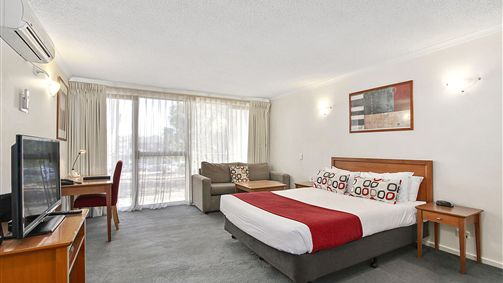 Quality Inn and Suites Knox - Accommodation 4U