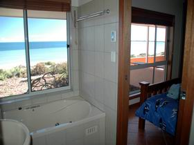 Ceduna Shelly Beach Caravan Park and Beachfront Villas - Accommodation 4U