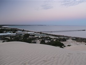Fowlers Bay Caravan Park - Accommodation 4U