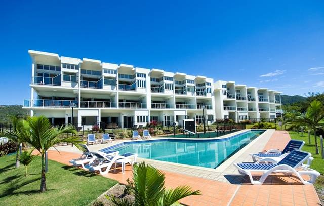 Beachside at Magnetic Harbour - Accommodation 4U