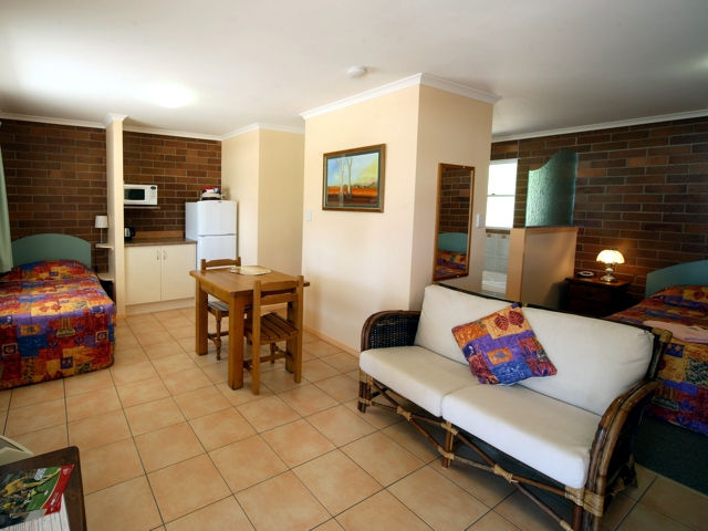 Rubyvale Motel  Holiday Units - Accommodation 4U
