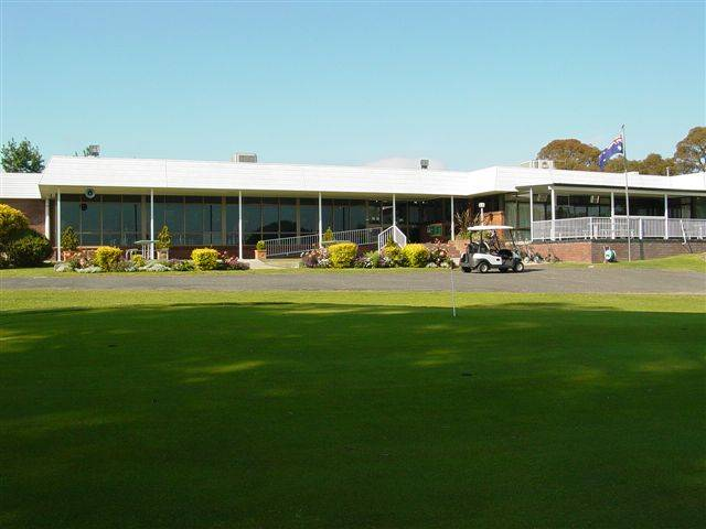 Tenterfield Golf Club and Fairways Lodge - Accommodation 4U
