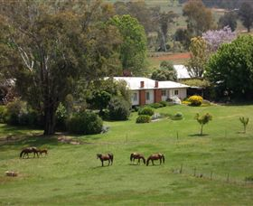 Acacia Park Farm House - Accommodation 4U