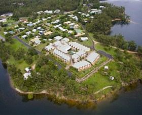 Tinaroo Lake Resort - Accommodation 4U