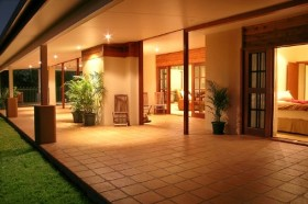 The Summit Rainforest Retreat and Conference Centre - Accommodation 4U