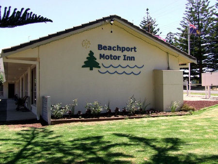 Beachport Motor Inn - Accommodation 4U