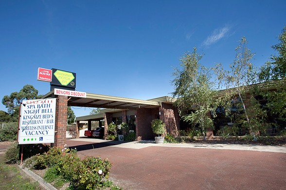 Statesman Motor Inn - Accommodation 4U