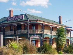 Streaky Bay Hotel Motel - Accommodation 4U