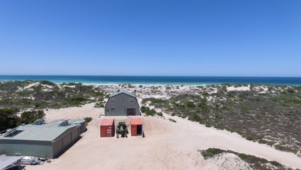 Fowlers Bay Beach House - Accommodation 4U