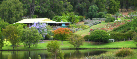 Pemberton Lavender and Berry Farm Cafe and Cottages - Accommodation 4U